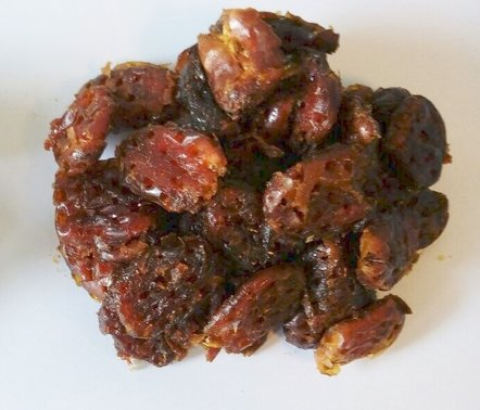 Macerated dates with oil